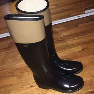 Black with Tan Hunter Rain Boots Basically New